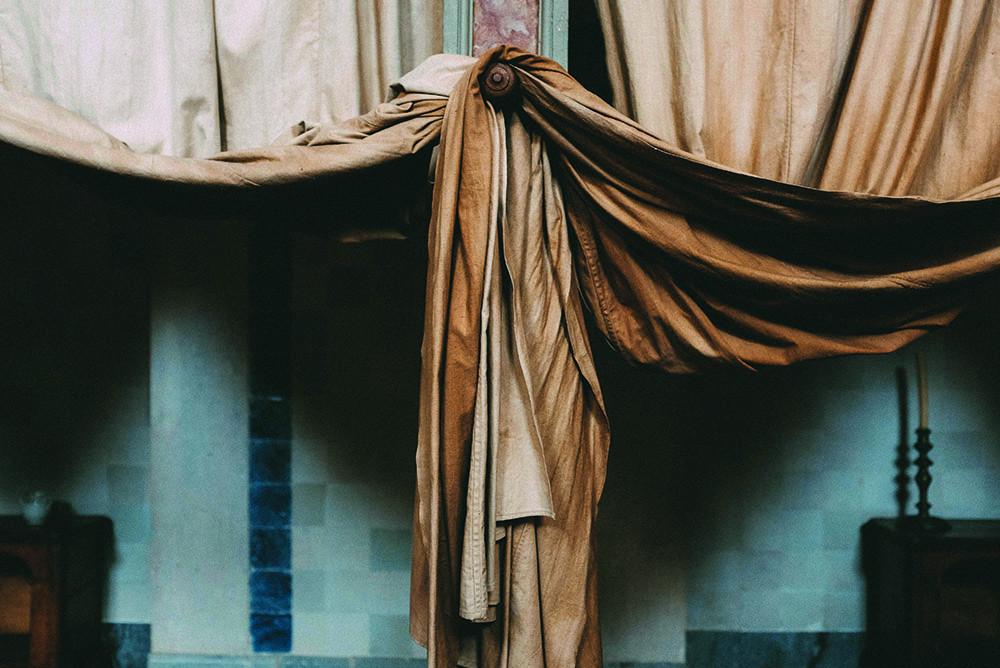 Le nettoyage des rideaux, un travail d'expert qui nécessite le plus grand soin