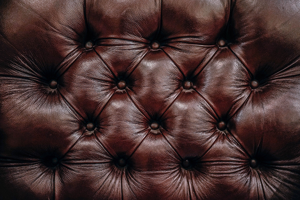 Comment nettoyer un canapé en simili cuir ?