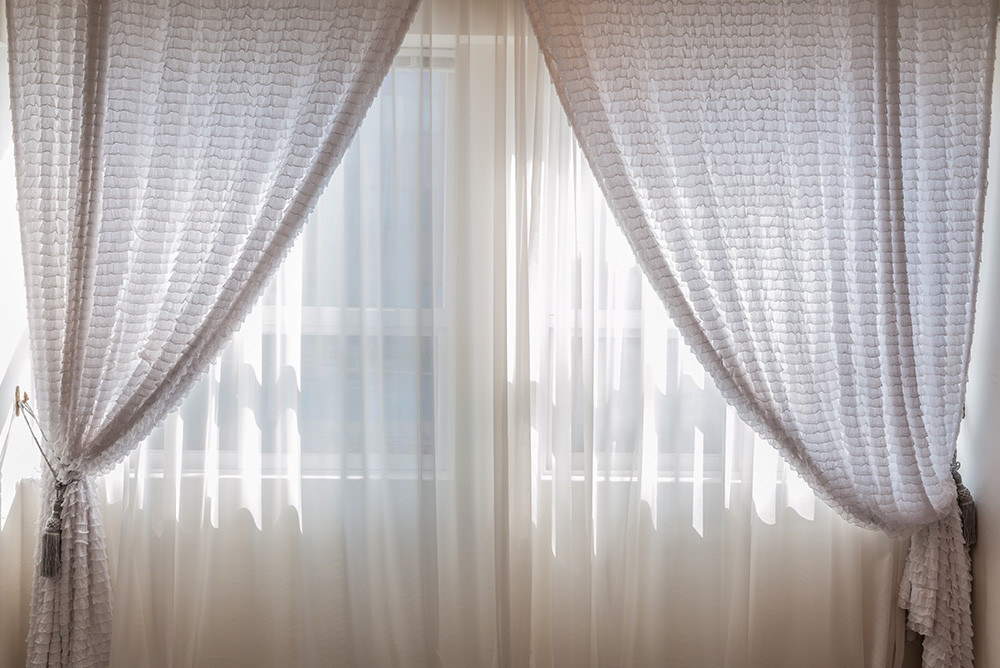 Cleaning Curtains at La Teinturerie: your dry cleaners paris