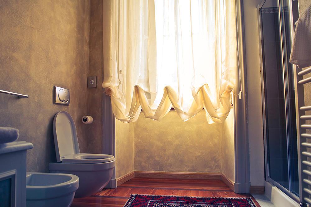 Comment laver un rideau de douche ?